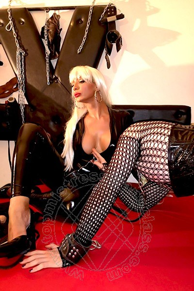Mistress Trans Roma Laverr