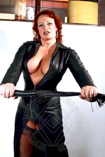 Mistress Trans Baden-Baden Tina Taylor