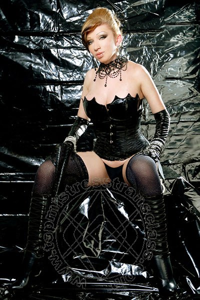 Mistress Trans Girona Paula Vellaskes