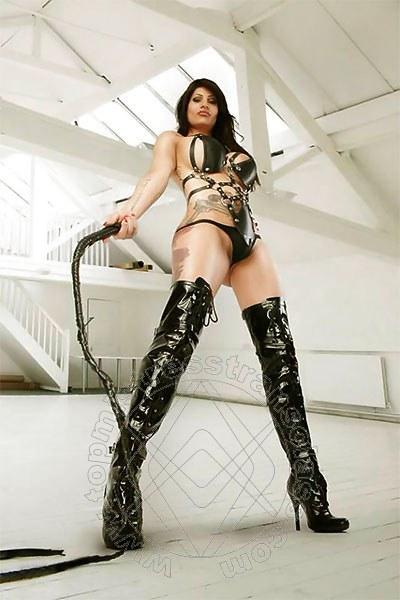 Mistress Trans Fulda Tattoomodel Ts Shirin