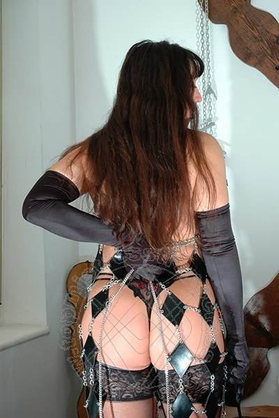 Mistress Trans Roma Lady Pantera