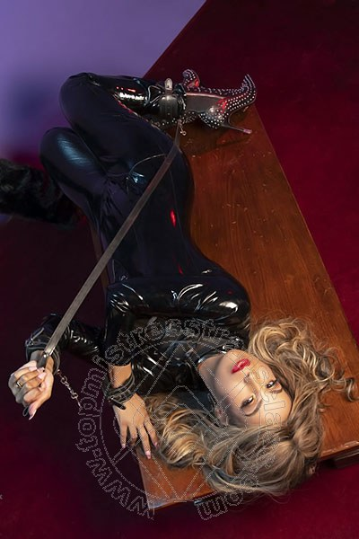 Mistress Trans Mantova Lady Victoria Venere