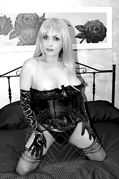 Mistress Trans Potenza Nadia Grey